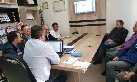 Presidente do SINTRACOM Londrina participa de reunião com sindicatos do Oeste do Paraná